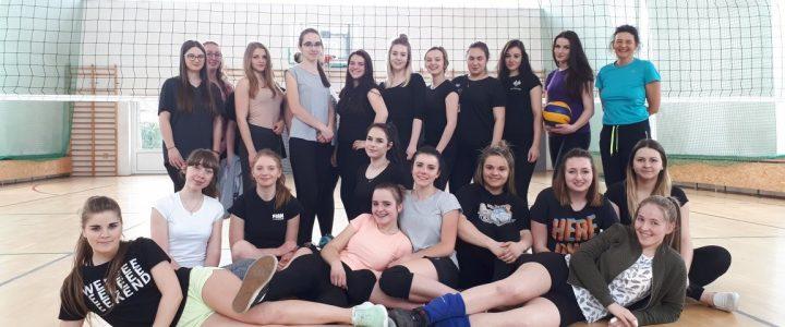 XVIII  Mistrzostwa Szkoły w Piłce Siatkowej Dziewcząt