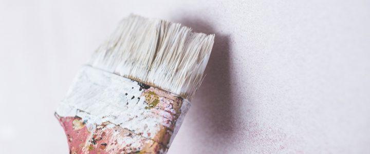 Wybór ofert na malowanie korytarza